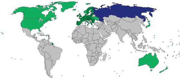 Countries that have leveled sanctions against Russia during this latest crisis. Light green are non-EU countries that have introduced sanctions, dark green are EU countries that have done so, and blue is Russia.