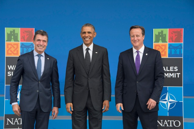 NATO Secretary General Anders Fogh Rasmussen and the Prime Minister of the United Kingdom, David Cameron welcome Barack Obama, President of the United States, to the NATO Summit in Wales (Source: NATO)