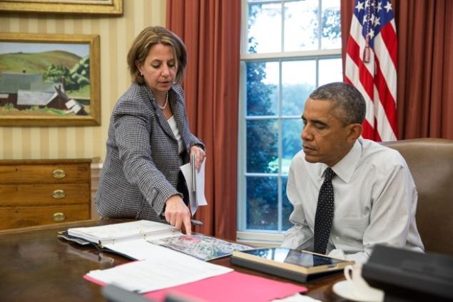 President Obama with Counterterrorism Adviser Lisa Monaco (Photo: White House)