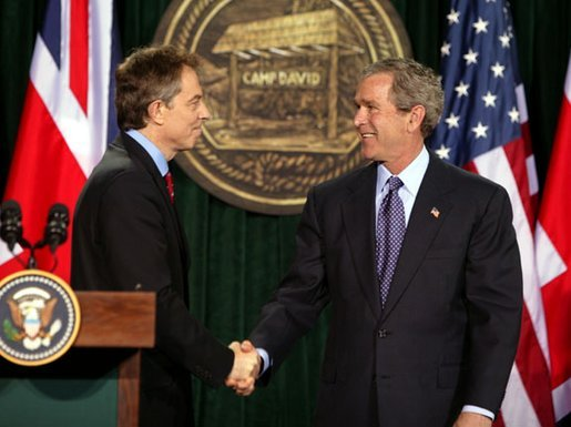 bush_and_blair_at_camp_david